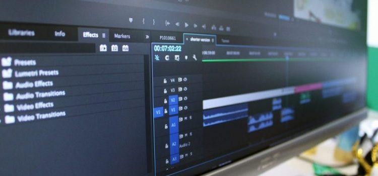 Ilustrasi sedang edit video